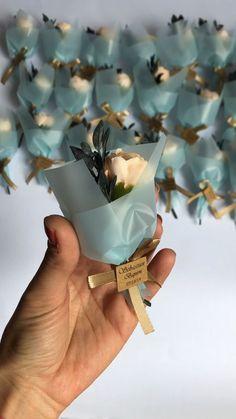 Wedding Favors by WhiteRoomHandmade on Etsy – Diy Wedding 2020 Wedding Souvenirs For Guests, Wedding Favours Luxury, Diy Wedding, Nautical Wedding, Flower Bouquet Diy, Diy Flowers, Paper Flowers, Diy Crafts For Gifts, Diy Home Crafts