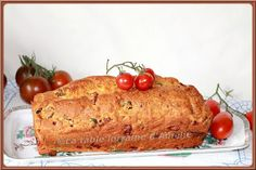 LA TABLE LORRAINE D'AMELIE: Cake au jambon, fromage frais, tomates séchées et olives vertes au Thermomix ou pas..!