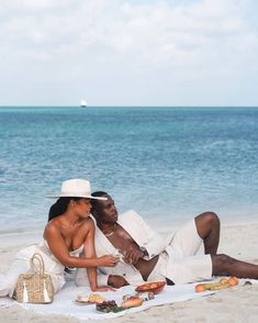 Black Love Couples, Cute Couples Goals, Couple Goals, Couple Noir, Mahal Kita, Couples Vacation, Vacation Mood, Relationship Goals Pictures, Black Luxury