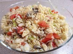 Κριθαράκι σαλάτα με μανιτάρια !!! ~ ΜΑΓΕΙΡΙΚΗ ΚΑΙ ΣΥΝΤΑΓΕΣ 2 Vegan Vegetarian, Vegetarian Recipes, Cooking Recipes, Salad Bar, Yams, Greek Recipes, Salad Recipes, Cabbage, Salads