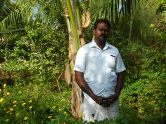 """""""I wanted to make a living by doing something honest and positive so the best option was farming. I cultivate Ponni rice on my farm spanning 27 acres and also rear 20 cows. Being the head of the Farmers Association in Perunkaranai, I can see traditional methods of farming being replaced by newer methods.""""- Venkatesan, 38 from Tamil Nadu. You can show your gratitude to these farmers by taking the #ThankYouTohBol Pledge Today! Visit: farmdost.com/ThankYouTohBol"""
