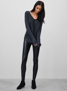 <p>Veganleather leggings– trust that you need a pair in your life</p>
