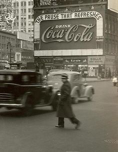 New York City, 1937 u love ART ? check the link  http://stores.ebay.com/urban-art-designs https://www.etsy.com/shop/urbanNYCdesigns?ref=hdr_shop_menu