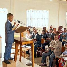 Testigos de Jehová disfrutando juntos