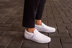 Casual outfit, fashion blogger, street style, white shoes, vans, spring style http://the-unprecedented.ca/classic/