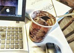 Pues el calor aprieta... y el helado se me va a hacer poco. ;) ¿Escribimos?