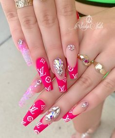 39 Chic Acrylic Gel Coffin Nails Design Ideas - Page 20 of 39 - Latest Fashion Trends For Woman Bling Acrylic Nails, Glam Nails, Summer Acrylic Nails, Best Acrylic Nails, Bling Nails, Coffin Nails, Acrylic Gel, Pink Coffin, Hot Nails