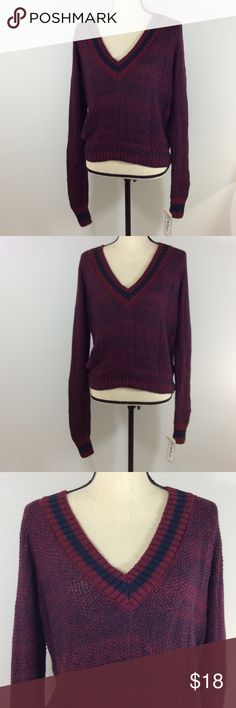 JJ Basics Sweaters Brand:JJ Basics Size:L  Condition:New with tags  Category:Sweaters Color: Reds Size Type: Juniors Size (Women's): L Style: V-Neck Material: Cotton Blends Sleeve Style: Long Sleeve  100% Authentic JJ Basics® 67% Cotton 33% Acrylic JJ Bassics Sweaters V-Necks