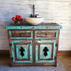 Looking for a bathroom vanity idea for your farmhouse? Luckily, we have curated unique and simple farmhouse bathroom vanity ideas to help you take your bathroom from drab to that rustic farmhouse dream. Bathroom Vanity Designs, Rustic Bathroom Vanities, Rustic Bathrooms, Bathroom Shelves, Bathroom Colors, Luxury Bathrooms, Bathroom Ideas, Bathroom Cabinets, Bathroom Organization