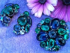 Weiss rhinestone brooch and earrings, cobalt blue and emerald green, vintage costume jewelry, Pin and clip on earrings, Demi-parure by TwoSwansSwimming on Etsy