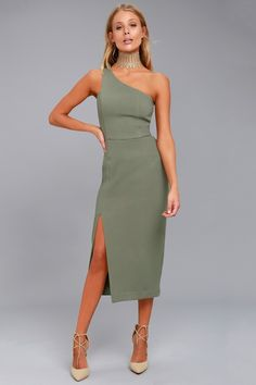 Don't let missing out on this dress haunt you! The Finders Keepers Haunted Olive Green One-Shoulder Midi Dress is shaped from gauzy, woven poly. Olive Green Formal Dress, Green Midi Dress, Lace Midi Dress, Dress Up, Midi Skirt, Olive Dress, Event Dresses, Party Dresses, Satin Dresses