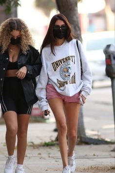 Madison Beer Style, Madison Beer Outfits, Maddison Beer, Cute Comfy Outfits, Celebrity Outfits, Casual Street Style, Summer Outfits, Fashion Outfits, Clothes