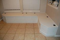 Kitchen blanquette with storage.