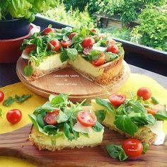 Parmigiano reggiano, ricotta, pancetta affumicata, basilico, pomodorini e…
