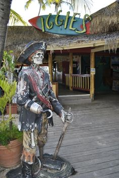 Going to St. Thomas? Don't Miss These 8 Restaurants: Iggies Beach Bar and Grill