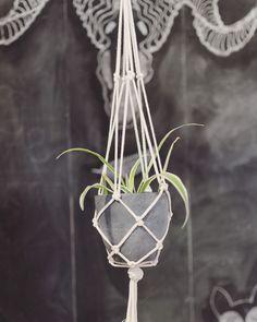 Makramee+Blumenampel+Baumwollseil+Natur+100cm+von+KETTU+auf+DaWanda.com