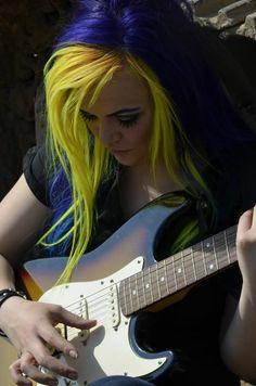 hair, hair color, yellow, yellow hair, blue, blue hair