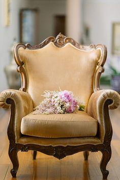 Bouquet for a Portuguese bride. Photography by André Teixeira, Brancoprata.
