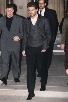 George Michael: Pop Superstar Dies at 53 George Michael Died, George Michael Careless Whisper, Beautiful Voice, Beautiful Men, 80s Fashion Men, 20th Century Music, Goodbye My Love, George Michel, Peter Andre