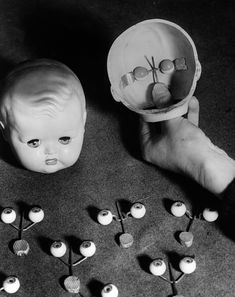 Jan. 12, 1949 Doll eyes and heads at a factory in England. IMAGE: FOX PHOTOS/GETTY IMAGES