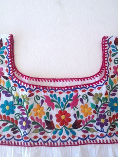 Traditional Handmade Embroidery mexican Blouse. Ideal for a boho and vintage chic look with Folk Fabric flowers, for everyday or beach, perfect to