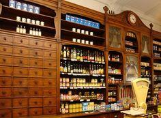 Kolonialwaren Wilh. Holtorf, Bremen, Ostertorsteinweg 6 - Einrichtung (02) - Kolonialwarenladen Wilhelm Holtorf – Wikipedia