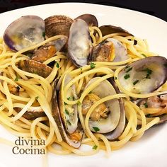 You searched for espagueti - Divina Cocina Flan, Deli, Tapas, Sandwiches, Spaghetti, Food And Drink, Health Fitness, Pizza, Favorite Recipes