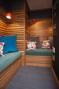 Foxy Kitchen Lounge Space Interior