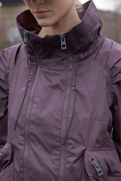 Must Have Cold Weather Running Apparel for Women  http://faithamullen.hubpages.com/hub/