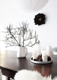 Christmas in the forest house- Weihnachten im Waldhaus My minimalist, natural Christmas decoration in our forest house - Minimal Christmas, Natural Christmas, Simple Christmas, Christmas Time, Christmas Crafts, Xmas, Silver Christmas Decorations, Holiday Decor, Diy Crafts To Do