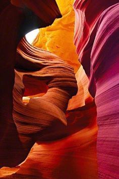 アンテロープ・キャニオン(Antelope Canyon)/アメリカ