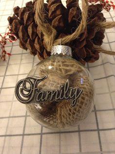 DIY burlap filed family ornament