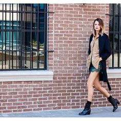 In so excited to be working with @hm on their #hmfallinlove campaign! Head to the blog now to read all about this 70's inspired collection and leave a note with what you love most about Fall!! www.themilleraffect.com