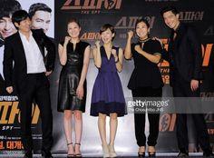 Fotografia de notícias : Sul Kyoung-Gu, Moon So-Ri, Han Ye-Ri, Ra Mi-Ran...
