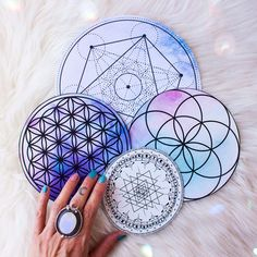 How to Create a Crystal Grid in 7 Steps