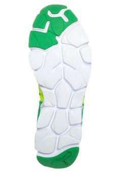 25ba7c8d105b Puma - SHINTAI V2 - Cushioned running shoes - green