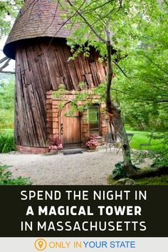 Enjoy a fairytale vacation or romantic getaway when you travel to this magical tower in Massachusetts. Escape into the woods and be surrounded by nature with the comforts of this cozy little castle. There's even a beautiful pond! Vacation Destinations, Vacation Trips, Vacation Spots, Texas Hill Country, 50 Euro, New England Fall, Hiking Spots, Adventure Bucket List, Hidden Beach