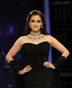 Show Stopper Diya Mirza at IIJW 2012
