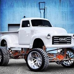 nice jacked up trucks Lifted Cars, Lifted Chevy Trucks, Gm Trucks, Chevy Pickups, Jeep Truck, Chevrolet Trucks, Cool Trucks, Toyota Trucks, 1957 Chevrolet