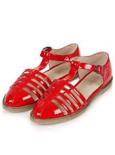 Chaussures vernies, Topshop, 16 €.