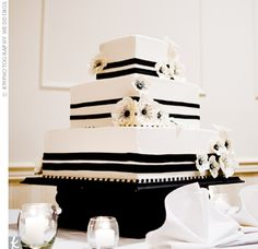 Black-and-White Wedding Cake