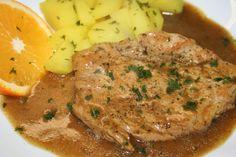 Suroviny na marinádu vložíme do olivového oleje a dobře prošleháme. Plátky masa osolíme a potřeme marinádou. Vložíme na rozpálenou suchou pánev... Family Meals, Stew, Mashed Potatoes, Pork, Food And Drink, Turkey, Menu, Chicken, Ethnic Recipes