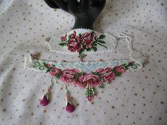 ROSA-set,lena-style,unicat! Fringe Necklace, Flower Necklace, Beaded Necklace, Necklaces, Beading Tutorials, Beading Patterns, Beads And Wire, Loom Beading, Beaded Embroidery
