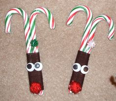 An entire page of really cute craft ideas for kids and adults.  Scroll down the page to see LOTS more Christmas craft ideas to make.