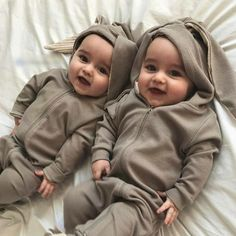 Second book of the series, please go and read the first book 'One dir… Cute Baby Boy, Twin Baby Girls, Cute Twins, Cute Funny Babies, Cute Little Baby, Baby Kind, Twin Babies, Cute Baby Clothes, Baby Love