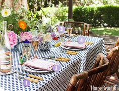 4 Steps to a Perfectly-Decorated Outdoor Table  - HouseBeautiful.com