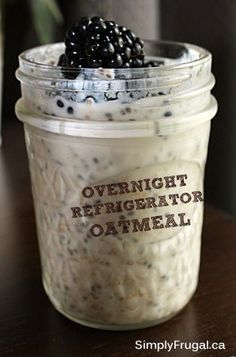 Here's a recipe for one of my new favourite breakfasts, Overnight Refrigerator Oatmeal! It's really versatile so you can change it many ways to