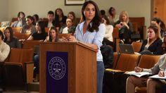 Rachel (Meghan Markle) in a mock-trial at law school in season 6, episode 3 of Suits.