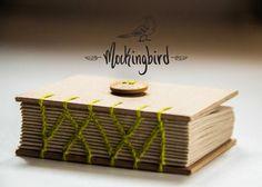 Mockingbird: Mini libreta Natural (Hilo verde lima) - Kichink!