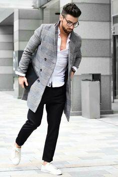 how to wear winter coat for men.. #mensfashion #style jetzt neu! ->. . . . . der Blog für den Gentleman.viele interessante Beiträge - www.thegentlemanclub.de/blog